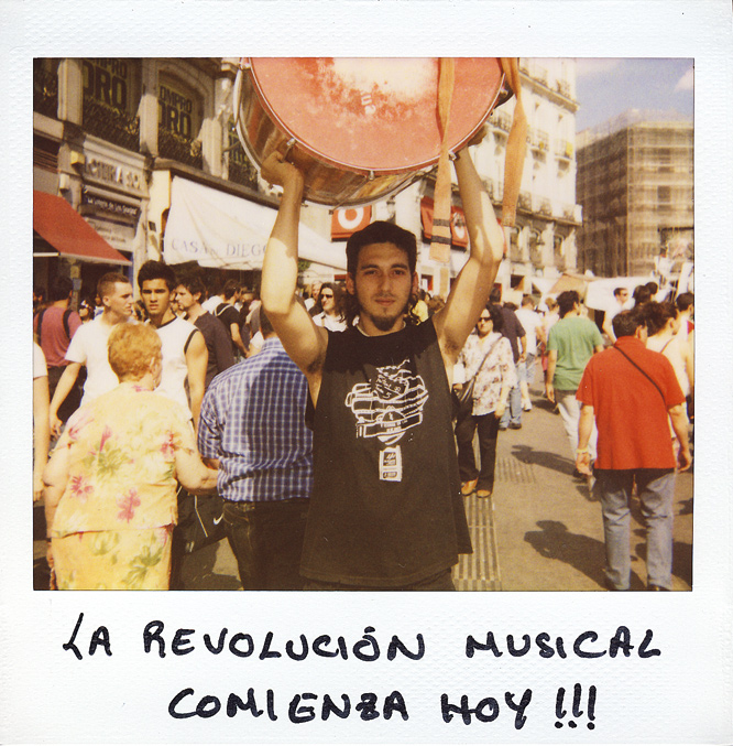 Daniel Sánchez.  26 años. Músico.