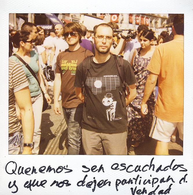 Néstor Camacho. 26 años. Trabaja en asistencia social.